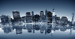 Curved night view of Manhattan Royalty Free Stock Photography
