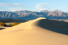 Curved ridges in Death Valley Stock Photos
