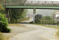 Curvy Abschnitt Blackstone-Fluss Bikeway lizenzfreies stockbild