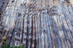 Curvy basaltkolonner Royaltyfri Foto