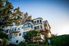 Curvy die lombard straat San Francisco winden royalty-vrije stock fotografie