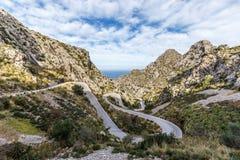 Curvy halna droga Sa Calobra w Mallorca fotografia royalty free