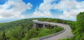 Curvy mountain road Royalty Free Stock Images