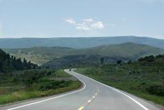 curvy naturväg Arkivfoton