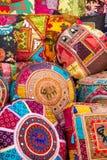 Cuscini indiani variopinti Fotografia Stock