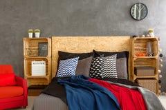 Cuscini modellati sul letto Fotografie Stock Libere da Diritti