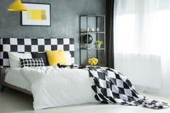 Cuscino e copriletto modellati Immagini Stock Libere da Diritti