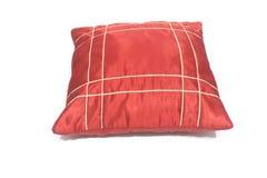 Cuscino rosso isolato su un bianco fotografia stock