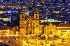 Cusco, Περού - επισκόπηση Plaza de Armas και εκκλησία της κοινωνίας του Ιησού Στοκ Φωτογραφία