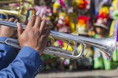 CUSCO - PERU - JUNI 06, 2016 okändamusiker av en mässingsmusikbandnolla Royaltyfria Bilder