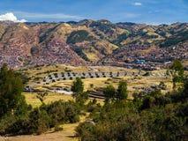 Cusco und Sacsayhuaman lizenzfreie stockfotos