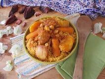 Cuscus con il pollo Fotografie Stock Libere da Diritti
