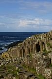Cuseway géant et océan Images libres de droits