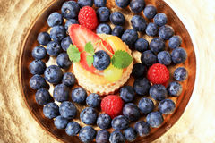 Custard filled vol-au-vent with fruit Royalty Free Stock Images