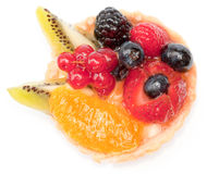 Custard pie with mixed fruits isolated Royalty Free Stock Photography