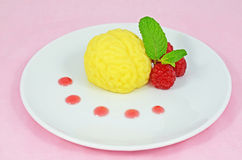 Custard pudding brain dessert Royalty Free Stock Photography