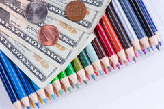 Custo elevado de fontes de escola foto de stock