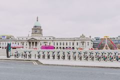 The Custom House building in Dublin city centre and surrounding. DUBLIN, IRELAND - 17th March, 2018: the Custom House building in Dublin city centre and Royalty Free Stock Photos