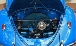 Custom Volkswagen. N old custom blue volkswagen engine Stock Photo