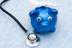 Custos crescentes dos cuidados médicos Imagens de Stock Royalty Free