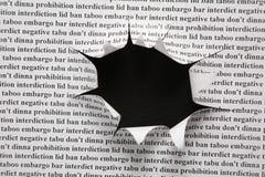 cut hole paper sheet Στοκ φωτογραφίες με δικαίωμα ελεύθερης χρήσης