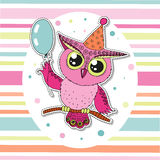 Cute cartoon owl sitting on tree branch Royalty Free Stock Photos