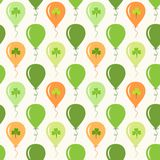 Cute festive seamless background with ballons and clover  on white. For your decoration Royalty Free Stock Images