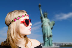 Cute girl in hipster sunglasses on New York Stock Images