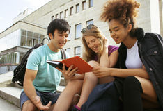 Cute group of teenages at the building of Royalty Free Stock Photography