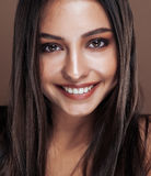 Cute happy young indian real woman in studio close up smiling, fashion mulatto Royalty Free Stock Photography