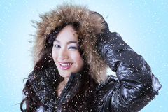 Cute lady wearing winter clothing Royalty Free Stock Photos