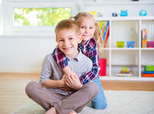 Cute little brother and sister having fun Royalty Free Stock Images