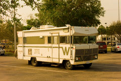 A cute old winnebago parked at camping world, fort myers Royalty Free Stock Images