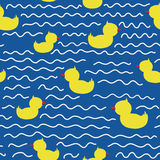 Cute seamless pattern with ducklings Royalty Free Stock Photography