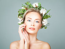 Free Cute Spa Model Blonde Woman With Healty Clean Skin Royalty Free Stock Images - 88192609