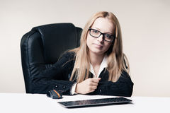 Cute young business lady Royalty Free Stock Images