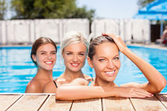 Cute young women are relaxing on vacations Royalty Free Stock Photography