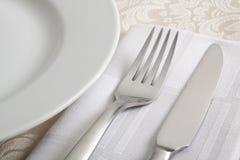 Cutelaria com parcela de placa de jantar Imagem de Stock Royalty Free