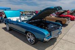 Cutelo 1972 de Oldsmobile supremo Imagens de Stock