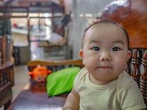 Cutie和英俊的亚裔男孩画象照片  免版税库存照片