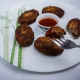Cutlets κρέατος σε ένα πιάτο Στοκ Εικόνες