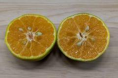 Cutted Orange lizenzfreie stockbilder