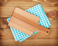 Cutting board over kitchen towel Stock Photography