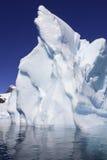 南极洲海湾cuverville冰山 免版税库存图片