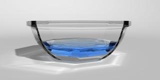 Cuvette avec de l'eau Image libre de droits