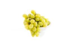 Cuvette avec des raisins blancs Photographie stock