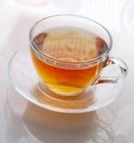 Cuvette avec du thé Photographie stock