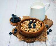 Cuvette avec la granola Photo libre de droits