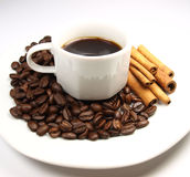 Cuvette de café avec de la cannelle Photo libre de droits