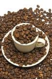 Cuvette de café avec des coffres de coffe image stock